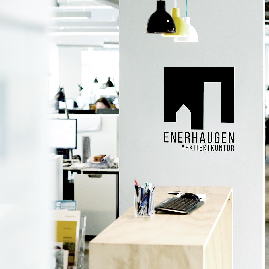 Interiørfoto fra resepsjonen hos Enerhaugen Arkitektkontor